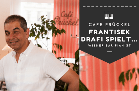 ein Wiener Bar Pianist im Café Prückel!
